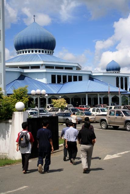 Masjid besar Lahad Datu