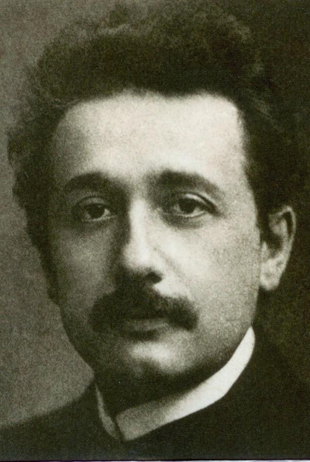 Albert Einstein Biography | aDi, iMee & RosYaDaH = KaMi